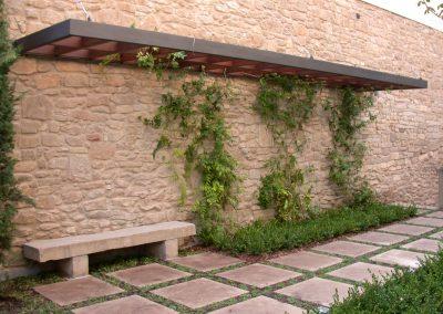 Projecte de reforma paisatgística a masia de la província de Lleida
