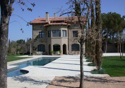 conillas-paisajismo-y-jardineria-diseno-paisajistico-y-construccion-jardin-particular-con-piscina-guissona-07