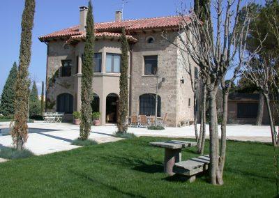 conillas-paisajismo-y-jardineria-diseno-paisajistico-y-construccion-jardin-particular-con-piscina-guissona-15