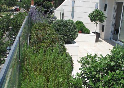 conillas-paisajismo-y-jardineria-diseno-terraza-barcelona-mobilario-vegetacion-05
