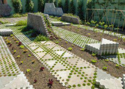 conillas-paisajismo-y-jardineria-espacio-urbano-concepto-innovador-huerto-urbano-conillas-sas-tria-06