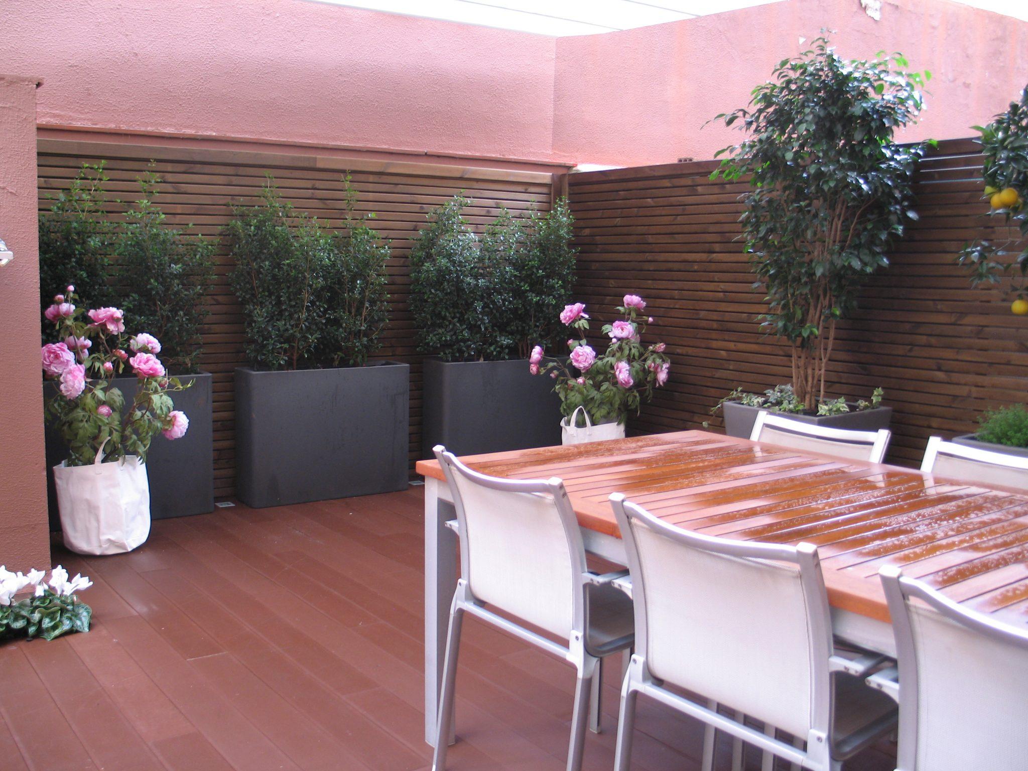 Jardineria en barcelona excellent with jardineria en - Jardineria la font ...
